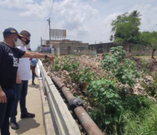 Alcaldía de Girardot recupera espacio permanente de foco de basura en el Puente de 23 de Enero